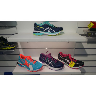 Retail Shoe Shop Fitout