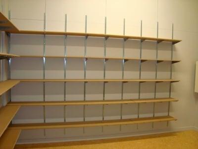 Commercial Timber Shelves